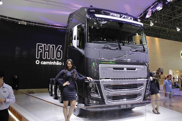 Fenatran mostra pujança do mercado de caminhões