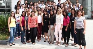 Montadoras buscam estudantes para programas de estágio