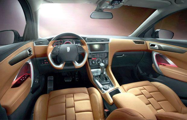 Interior do  SUV Citroen DS6 WR apresentada no Salão de Pequim