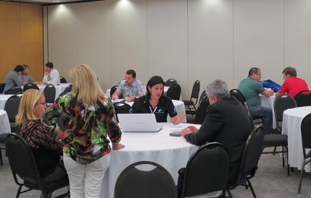 Aspecto de uma das salas de negociação do ENAN 2014