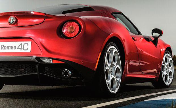 Alfa-Romeo-4C-