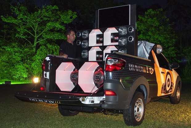 Carro Show dda Bravox alto-falantes