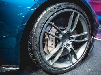 Detalhe da roda do Ford GT
