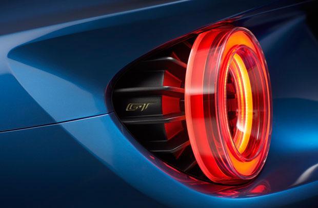 As belas lanternas traseiras do Ford GT