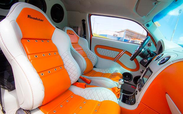 Show car da Roadstar - bancos traseiros