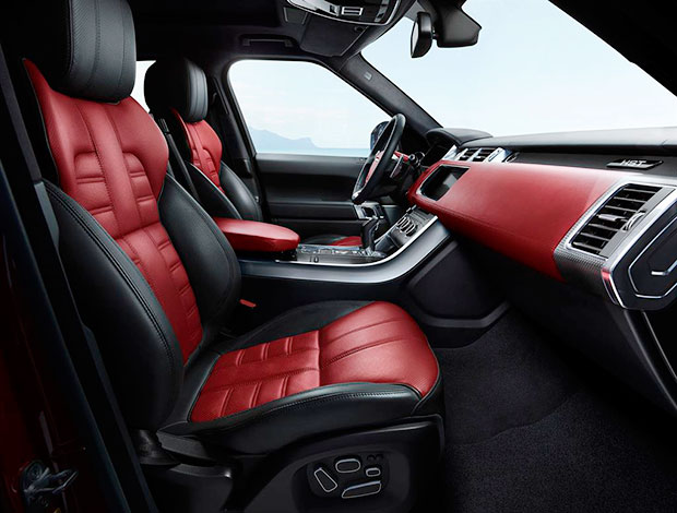 interior da cabine da Range Rover Sport HST