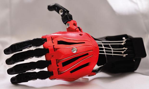mão em impressão 3D