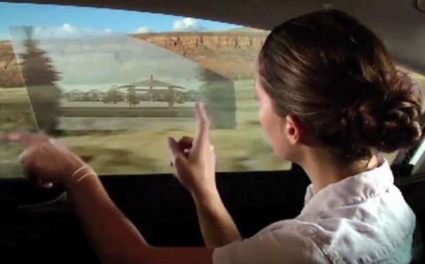 Active window display, acessório que usa os vidros do carro como telas interativas
