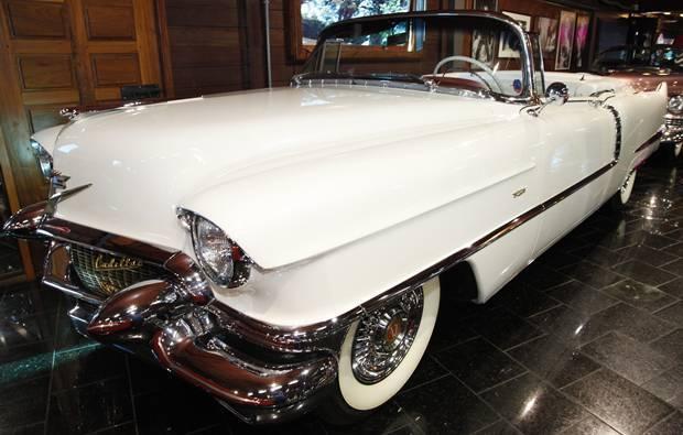 Cadillac 1951 Hollywood Dream Cars Gramado