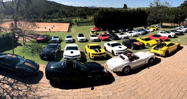 5º AutoMEETING: O segundo evento do ano reuniu mais de 80 carros