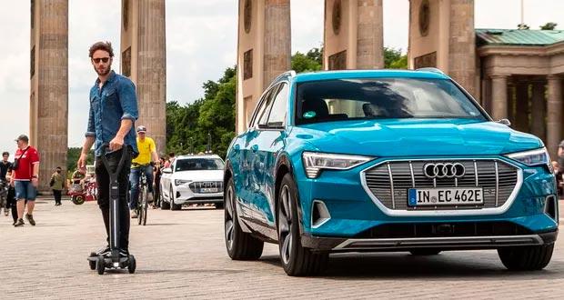 Audi apresenta patinete elétrico