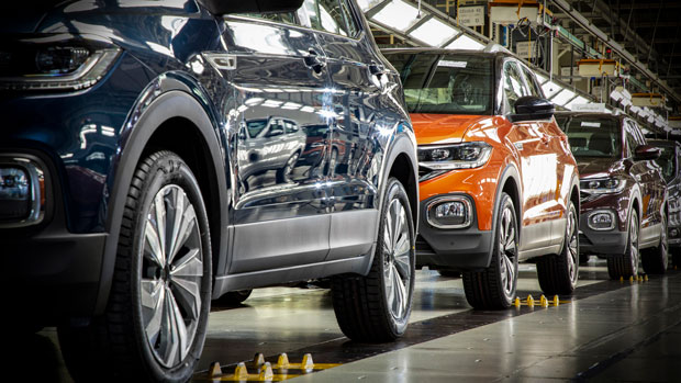 Fábrica da Volkswagen no Paraná retoma operações