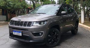 Jeep vendeu 4.634 unidades do Compass em fevereiro; modelo lidera SUVs médios