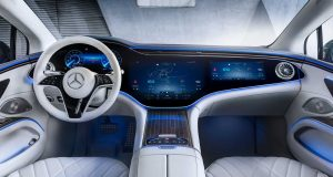 Mercedes-Benz revela interior high-tech do elétrico EQS