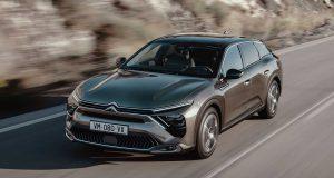 Fim do SUV? Citroën C5 X 2021 mescla estilos com perfil arrojado