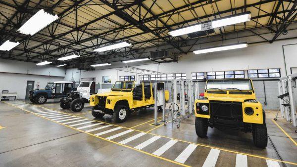 Jaguar Land Rover abre centro de restauração para modelos clássicos