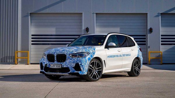 BMW realiza testes com o protótipo i Hydrogen NEXT movido a célula de combustível de hidrogênio