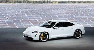 Porsche bate recorde e vende 20 mil Taycan no 1° semestre