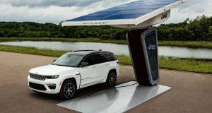 Jeep mostra Grand Cherokee 4xe em evento de carros elétricos