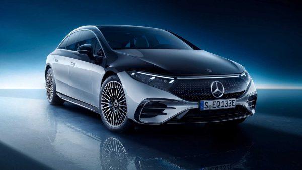 Mercedes-Benz fará investimento de 40 bi de euros em carros elétricos até 2030