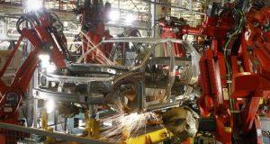 Renault interrompe produção no Paraná por 10 dias por falta de semicondutores