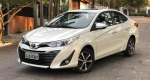 Toyota começa a vender versões PCD do Yaris a partir de R$ 75 mil
