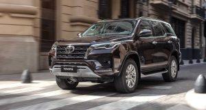 Toyota SW4 fica mais caro e agora parte de R$ 262 mil