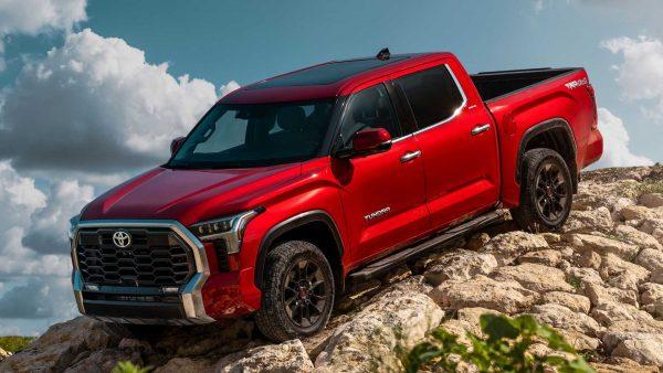 Toyota mostra Tundra nos Estados Unidos; Modelo não deve chegar ao Brasil