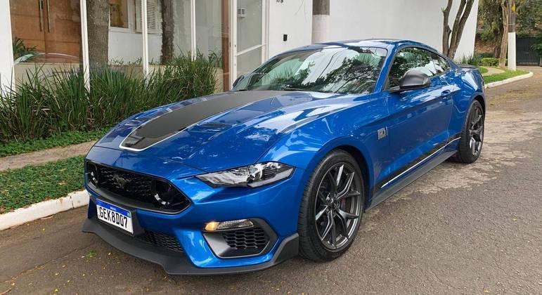 Mustang Mach 1 no dia a dia