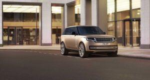 Land Rover lança Range Rover com design arrojado e versões híbridas